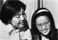 Chin Hsiao-Ching, a Chinese sociologist, descendent of the Jews of Kaifeng and her daughter
